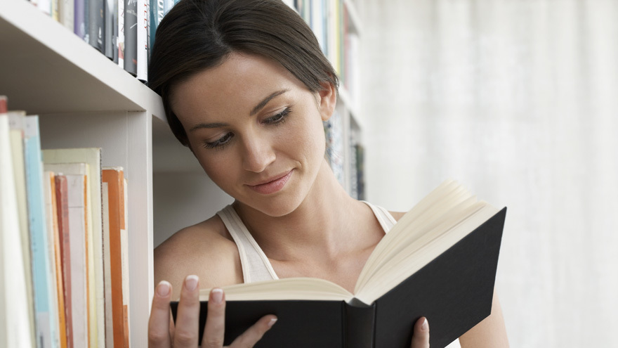 Lady reading a book Picture: Rex/Shutterstock