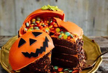 Smash pumpkin cake from Asda