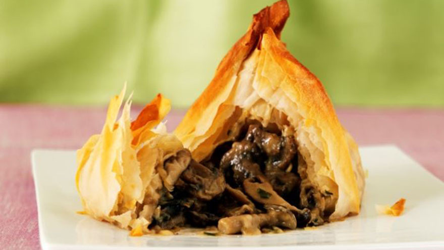 Mushroom in filo pastry with cheese
