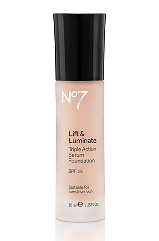 No7 Life and Luminate Triple Action Serum Foundation