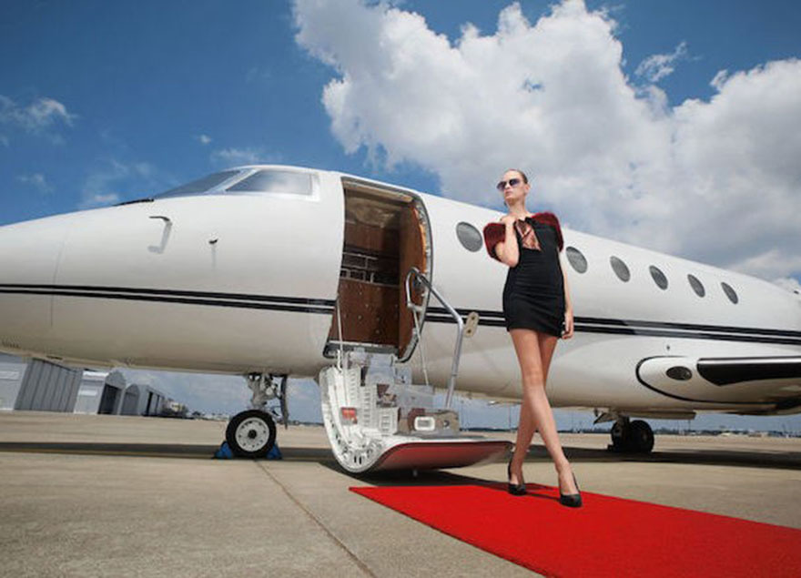Red carpet to a private plane