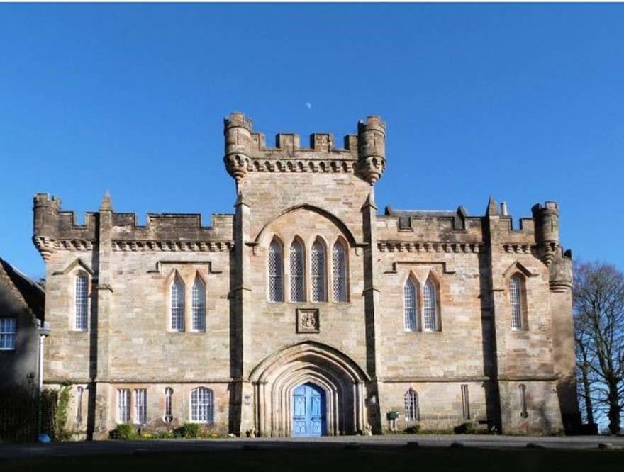 Adorable Kilmarnock Castle