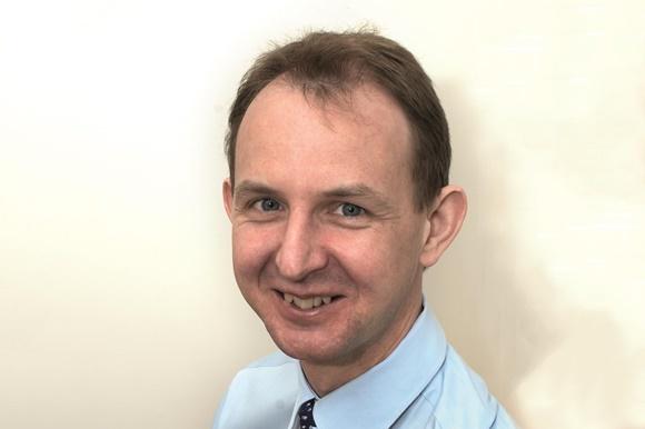 Dr Roger Knaggs