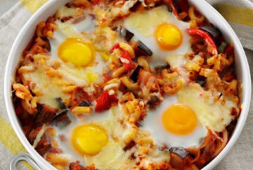Egg and veg pasta bake