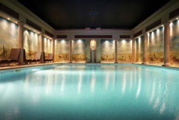 Rowhill Grange swimming pool