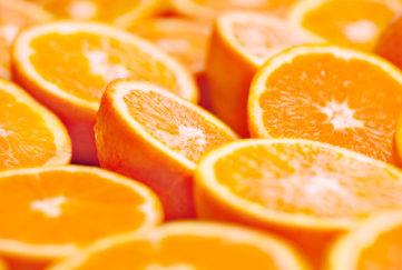 Oranges cut in half