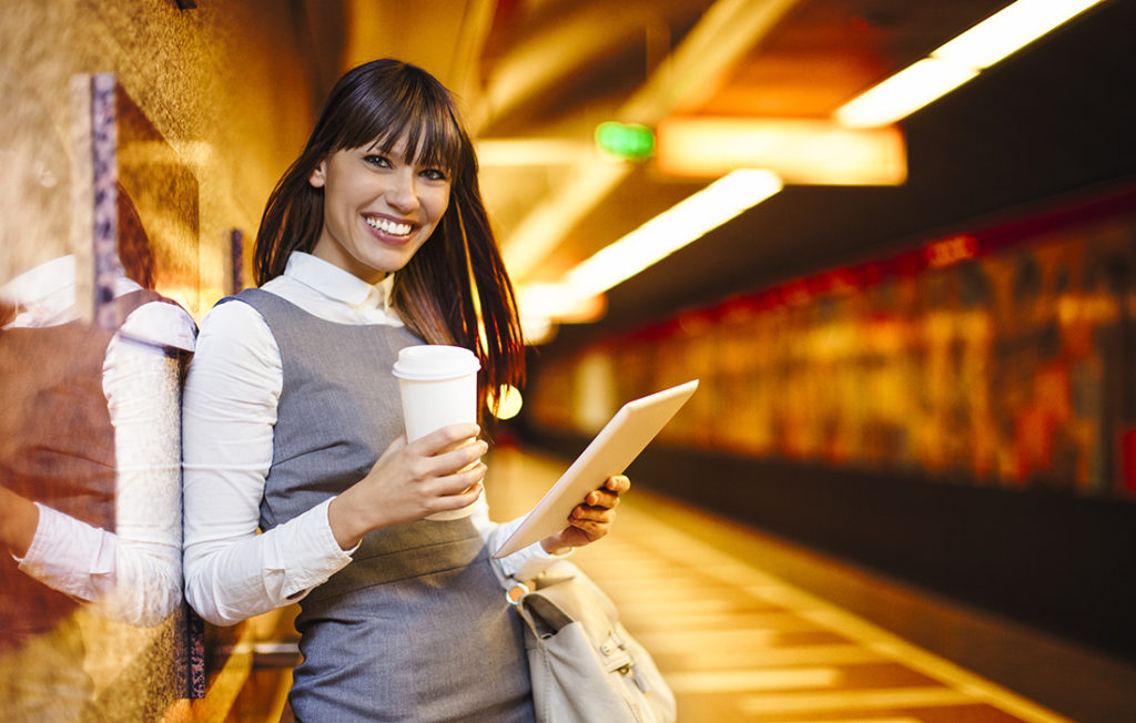 Lady taking a reusable cup onto the train Pic: Istockphoto