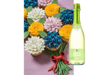 Cupcake bouquet and sparkling wine