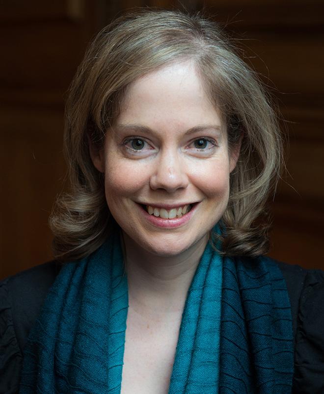 Author Sophia Tobin