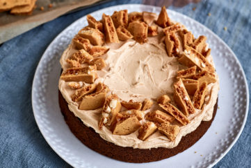 Honeycomb Banana Cake by Nadiya Hussain