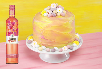 Easter cake and rose wine