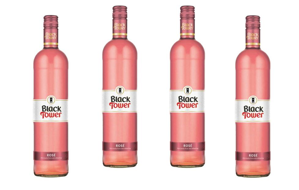 4 bottles Black Tower Rose