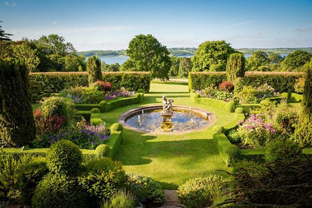 The stunning gardens of Hambleton Hall