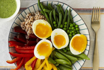Boiled eggs and rainbow salad